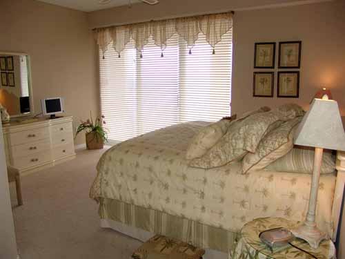 SRC#802 bedroom